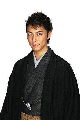 実はスイーツ男子と判明した成宮寛貴(26)