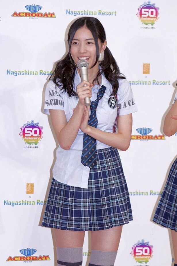 ステージ衣装の松井珠理奈さん