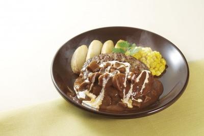 キノコの王様と称されるポルチーニソースが魅力の「タスマニアビーフ ハンバーグ ポルチーニソース」(税別999円)