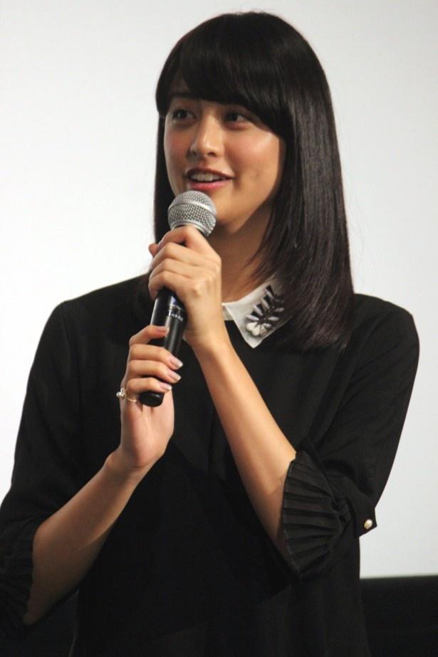 ゆにの親友・名波菊子役の山本美月