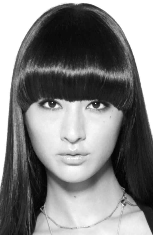 本作が女優デビューとなるモデルでドラマーのシシド・カフカは、前作で強烈な印象を残した川島レミ絵(菜々緒)の姉・ナミ絵役で登場!