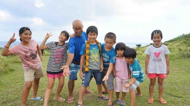 鈴木福は、元気なファミリーと一緒に沖縄・石垣島で5日間生活を共にした
