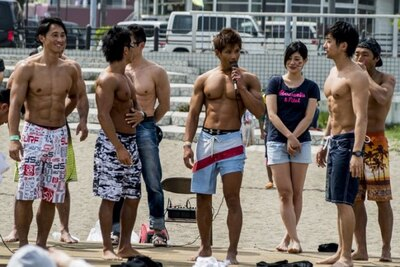 【写真を見る】ステージイベントも満載!ボディビル選手権の服は筋肉?