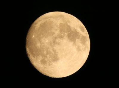 中秋の名月(イメージ)