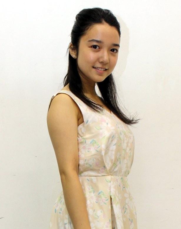 洋服が素敵な上白石萌歌さん