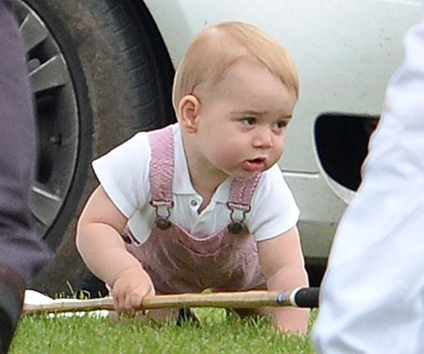赤ちゃんはジョージ王子の弟?それとも妹?