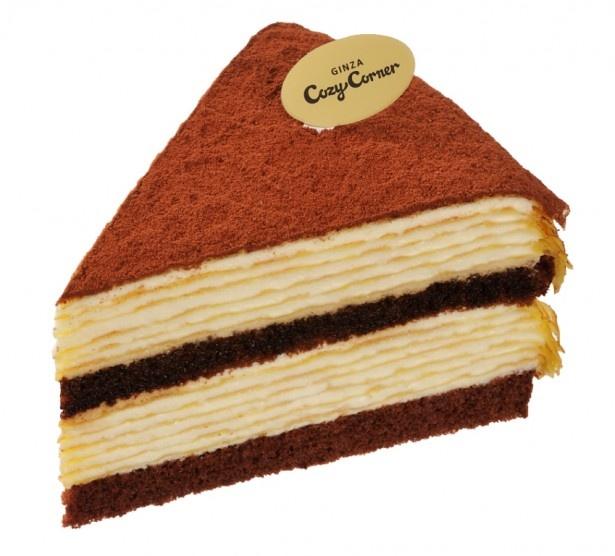 【写真を見る】ほろ苦ココアの大人向けケーキ「ティラミスのミルクレープ」(370円)