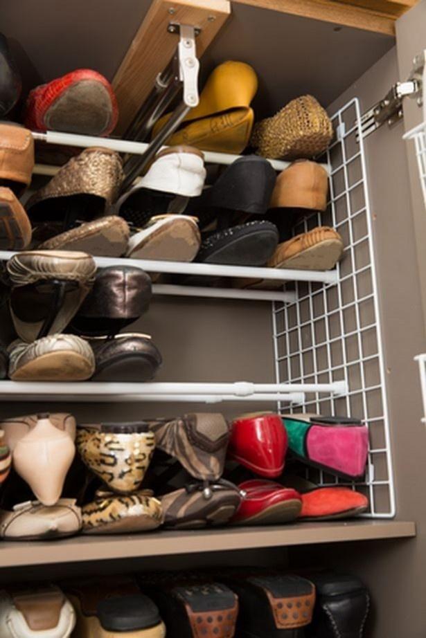 靴の量に応じて気軽に移動できるのも、「突っ張り棒+ワイヤーネット靴棚」のいいところ