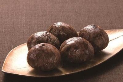 クリ本来の風味を渋皮が包み込んだ甘納豆「山家栗」