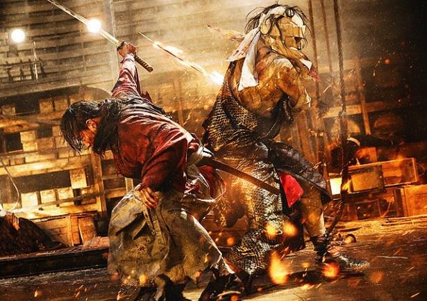 剣心と志々雄の壮絶な戦い。圧倒的な迫力で魅せる!