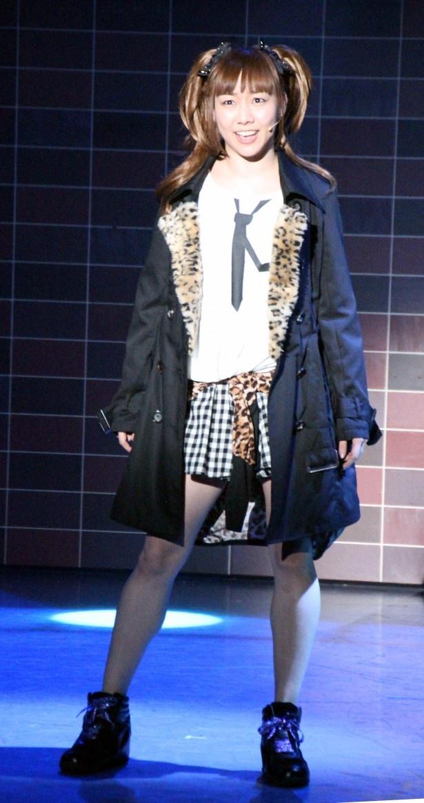 みのりたちの一期先輩で、スーパー研究生の岡部愛を演じる須田亜香里