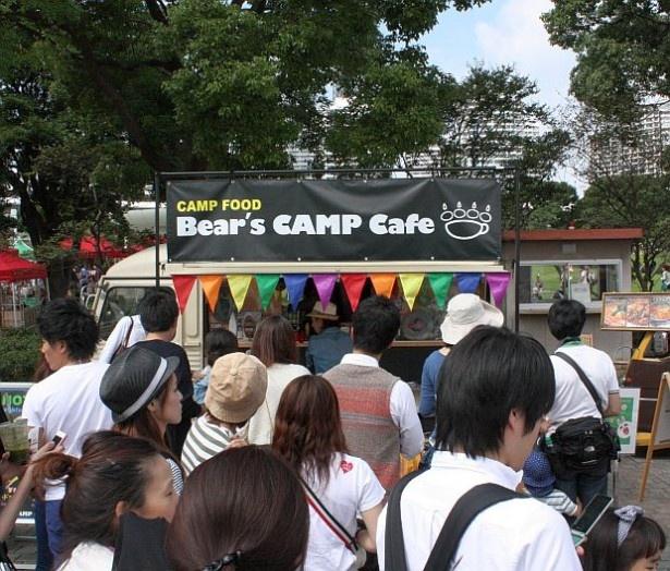 「Bear's CAMP cafe」のエッグベネディクトも人気!