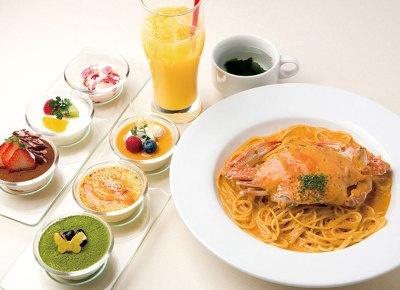 「神戸 PASTA de PASTA」のパスタにデザート3品がつくお得なセットメニュー(¥1580)