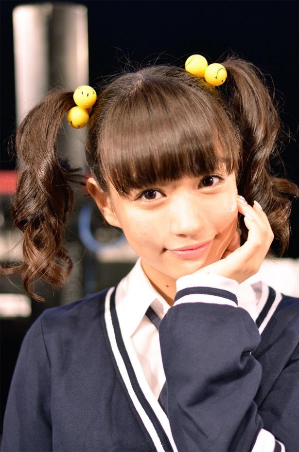 てさぐり部1の元気娘・高橋葵役の荻野可鈴。アイドル音楽劇グループ「夢みるアドレセンス」のリーダーとしても活躍