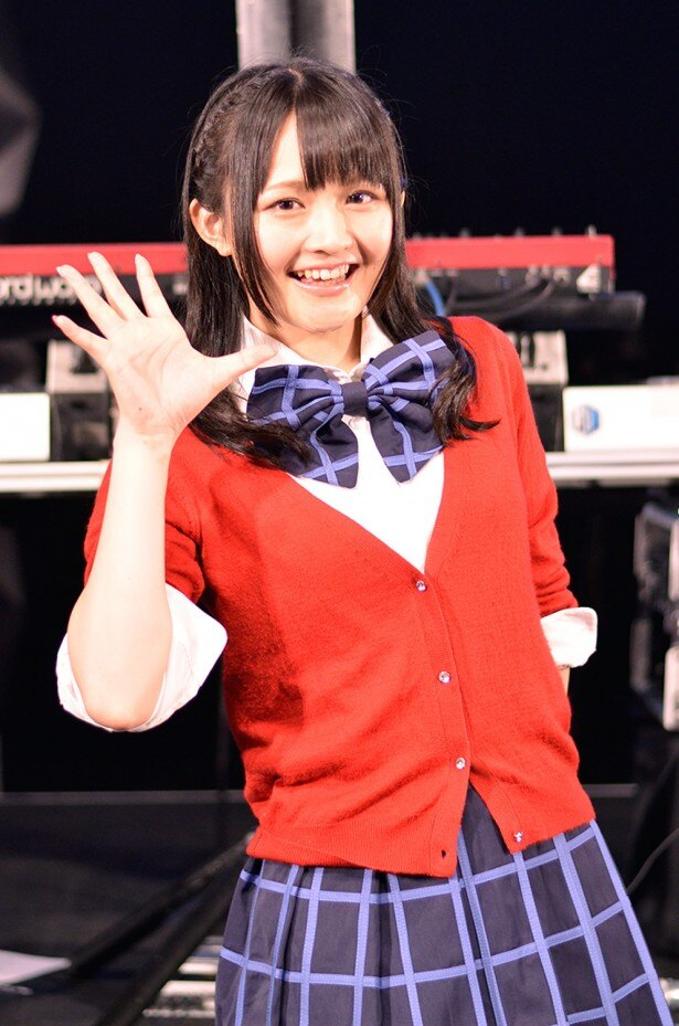 西はラジオパーソナリティーとしても活躍。同じく声優の洲崎綾とのネットラジオ番組「洲崎西」も人気