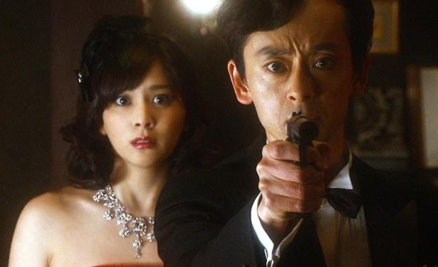 段田はダンディーアイテムに心踊らせてはお気に入りの部下・南の前でダンディーに決める妄想をふくらませていく