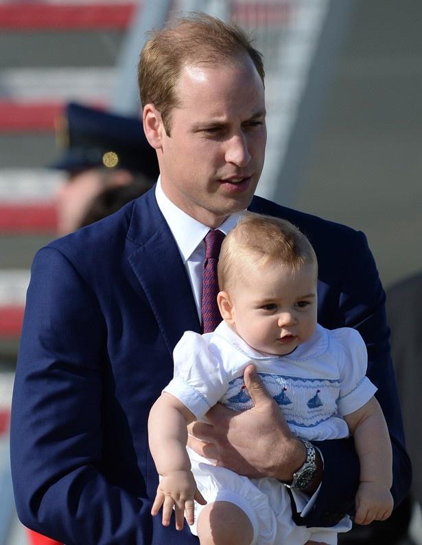 【写真を見る】子育ては大変と語るウィリアム王子