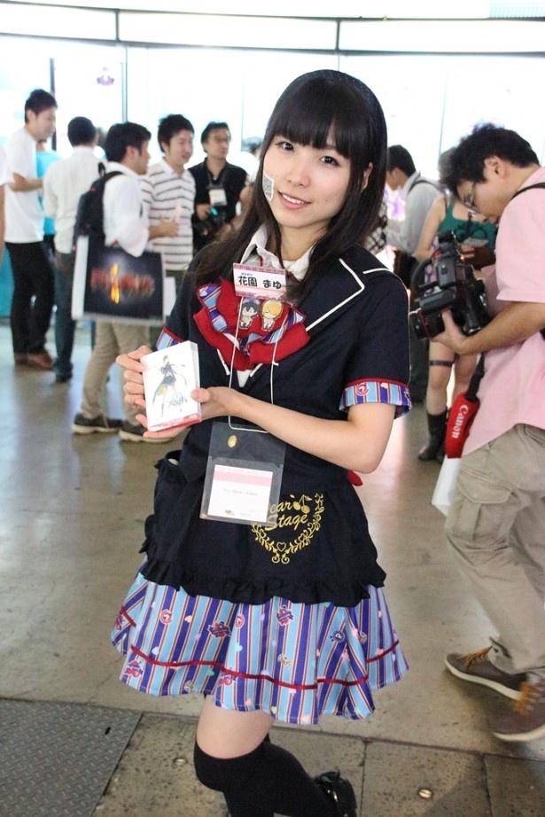 【写真を見る】Fuji&gumi Gamesのコンパニオンはでんぱ組.incも所属するディアステージで活躍する現役アイドル・花園まゆ