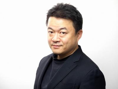 日本だけでなく世界各国を回り、肉、農業など食文化全般に精通している山本謙治さん。写真の腕もプロ級