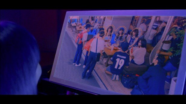 【写真を見る】男子中学生と入れ替わってしまう白石麻衣、松村沙友理、衛藤美彩