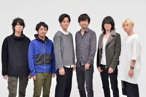 【写真を見る】BUMP OF CHICKENのメンバーと松坂桃李、山崎貴監督との豪華対談が実現!