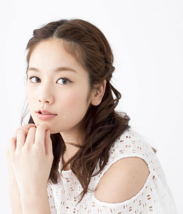 こちらが普段の筧美和子。女の子らしいキュートなルックスで、同性からの支持も高い