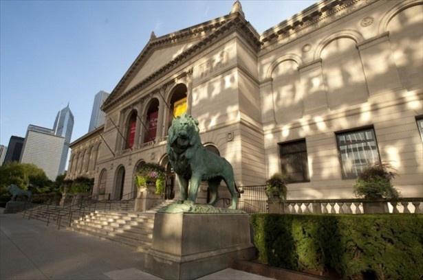 【写真を見る】世界のトップ25の1位は壮大なコレクションを誇るシカゴ美術館が獲得!