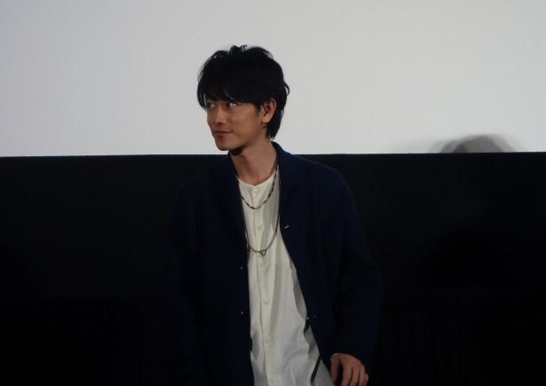 佐藤は「『るろうに剣心』の仕事は、これで最後なので寂しいです」と語り、会場を後にした