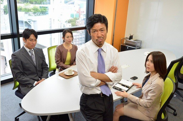EXILEの松本利夫が熱血弁護士事務員を熱演する「ビンタ―」