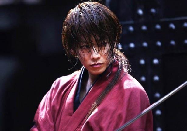 【写真を見る】映画「るろうに剣心」でひたむきに撮影に挑む佐藤健