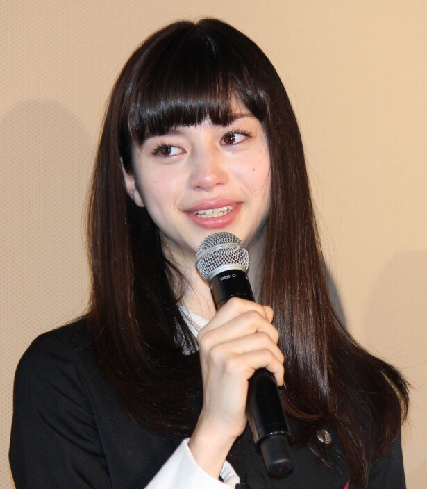 【写真を見る】話題の美少女、中条あやみが初主演ホラー公開で感涙!熱い涙に会場も感動に包まれた