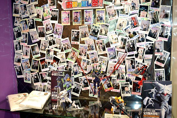 原宿店閉店時に撮影された写真も展示