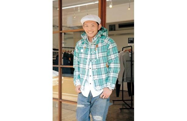 笑顔が優しげな宇野さん。小柄ながら果敢に挑むリングでのファイトには胸を熱くさせられます!
