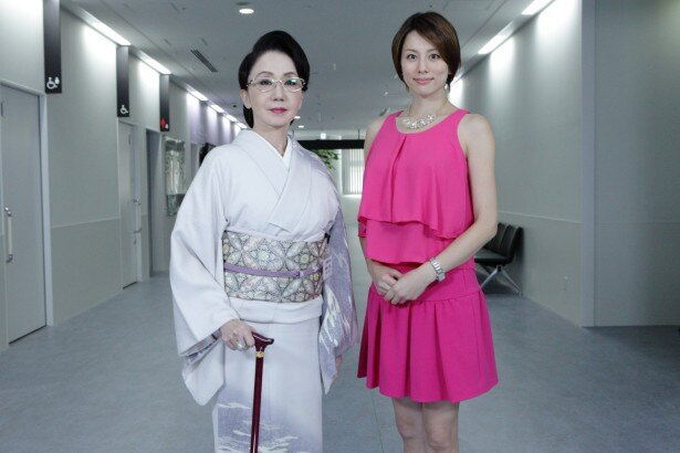 米倉涼子と岩下志麻が美しい