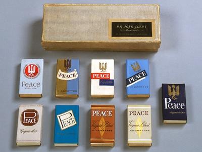 レイモンド・ローウィによる「ピース」の試作品(1951年) ローウィの試作品が見られるのは世界的にもレア!