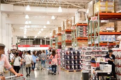 ことし6月に大阪初としてオープンした「コストコホールセール 和泉倉庫店」の(得)攻略法で買い物上手に!