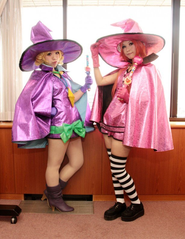 「シュガシュガルーン」のコスプレ衣装に身をつつんだ香港代表
