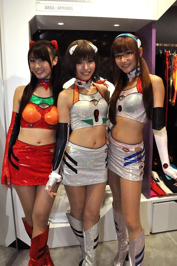 3人揃って「来年もハロウィンコスプレパレードに参加したいです!」
