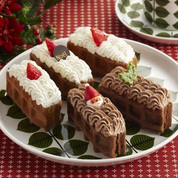食べやすいサイズの「ワッフルケーキ」をクリスマスらしくデコレーションした「クリスマスワッフルドルチェ」(税抜1400円)
