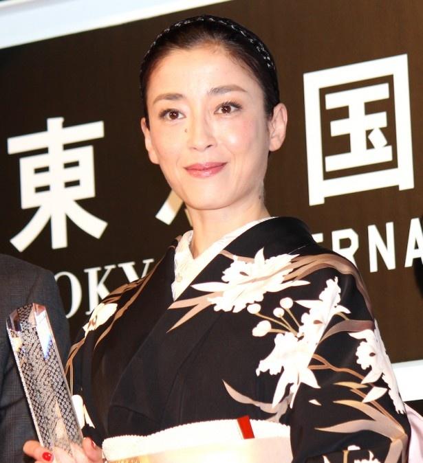 宮沢りえ、東京国際映画祭で見事栄冠に輝く!
