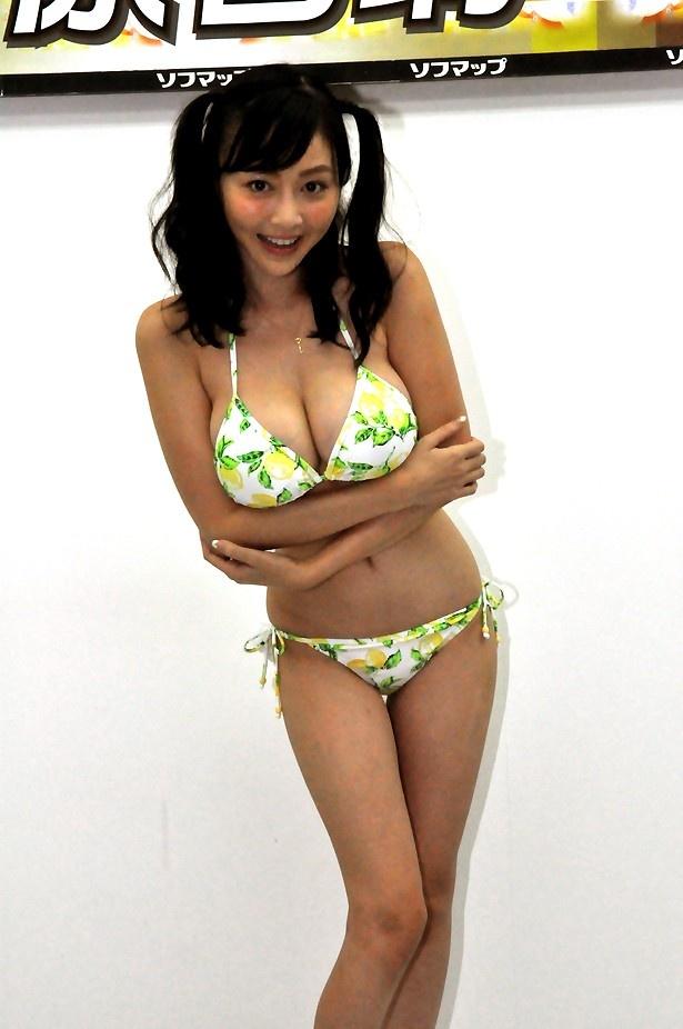 「広島県出身なので(生産量が全国一)のレモン柄にしました」と話してくれた