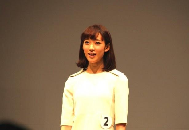 エントリーNo.2の東京都出身、山崎あみ(17)