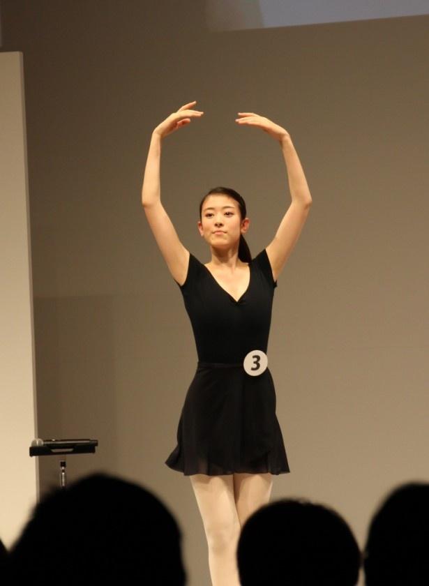 小林京香は、全国大会出場レベルのバレエで審査員を魅了