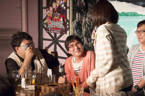 【写真を見る】目に余る暴走ぶりに本多真梨子から本気で注意されてしまった池畠博史氏(中央左)