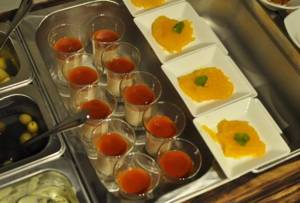 「シュラスコ食べ放題プラン」(2980円)のデザートは、ブラジルの伝統的な菓子やシェフの創作デザートなど3種類が楽しめる