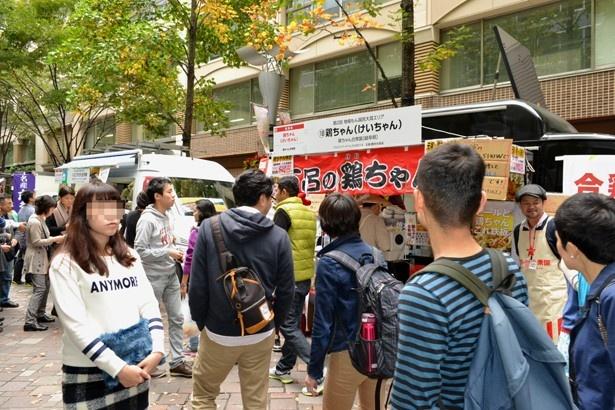 東京都中央区・丸の内仲通りを中心としたエリアで開催