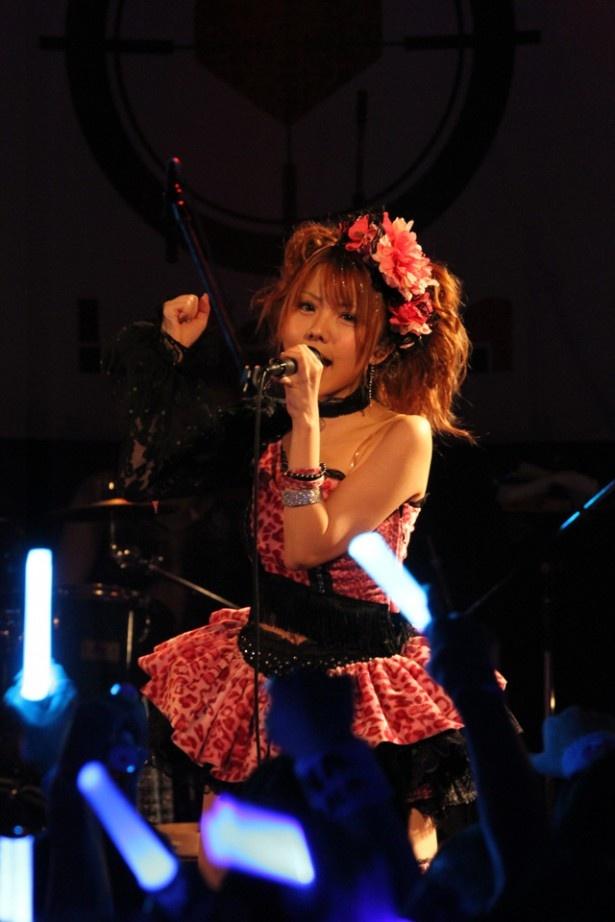 LoVendoЯのツアー「LoVendoЯ LIVE TOUR 2014-15 ~貴方の心(ハート)を盗(いただ)きます~」がスタート!