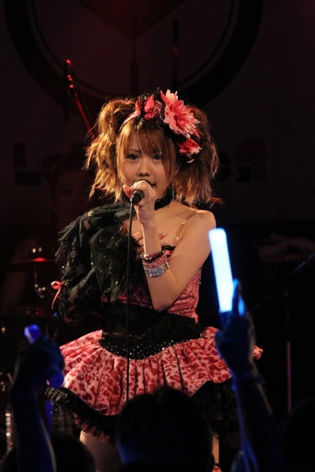 新曲「Crazy Lazy」について田中は「一番練習したし、一番難しかった」と話す