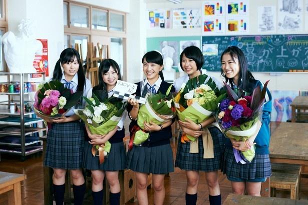 「ももクロはひと夏で役者として驚異的な成長を遂げた」と語る原作者・平田オリザ