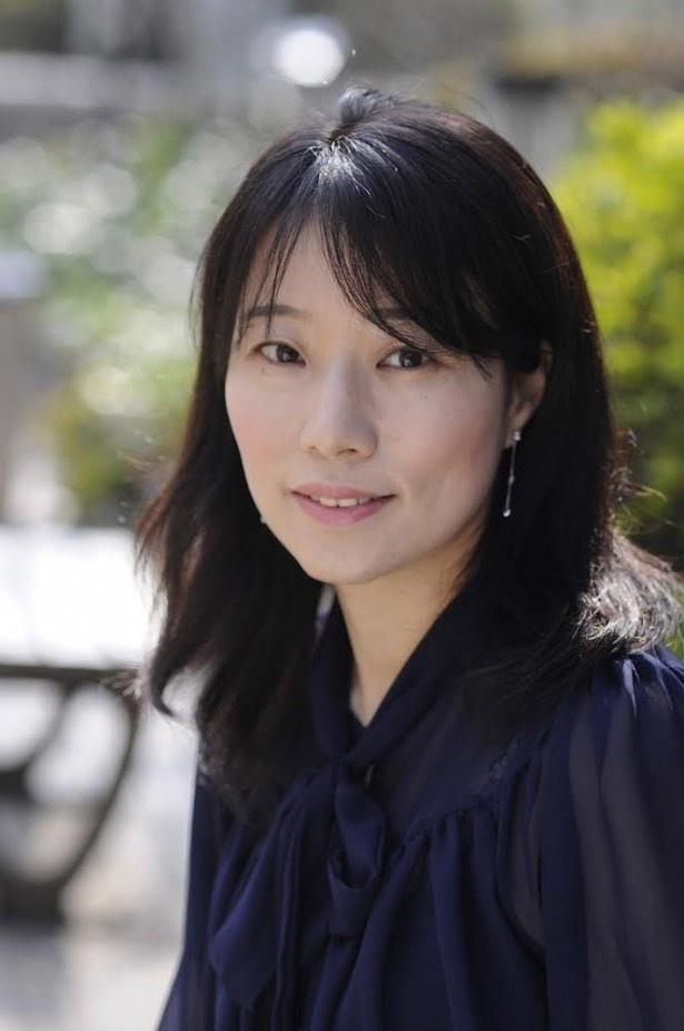 第2弾は、歌人で小説家の東直子も解説に加わる